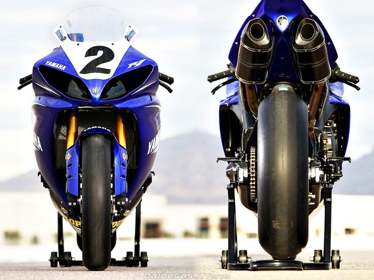 Yamaha R1 BIG BANG AMA SBK, http://www.daidegasforum.com/forum/foto-video/567992-le-superbike-raccolta-foto-gallery.html