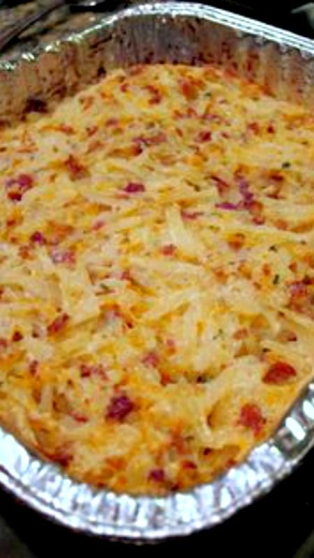 Crack Potatoes {Loaded Potato Casserole} ~ this looks super easy to make. Have to try it!
