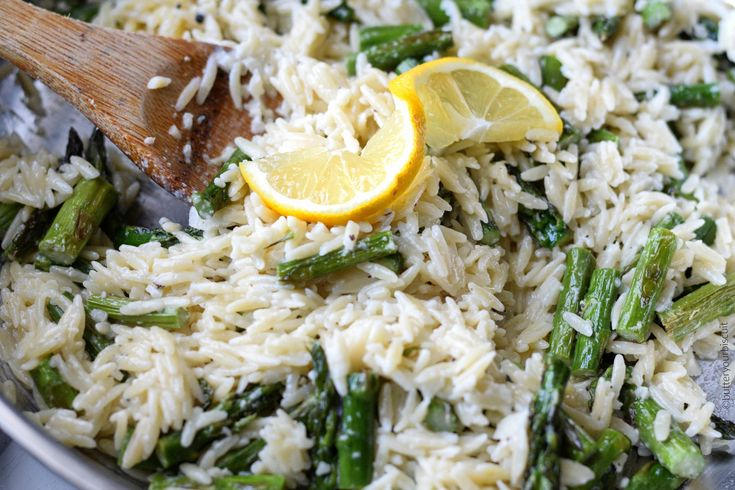 Lemon Garlic Parmesan Orzo with Asparagus makes a fantastic side dish to any meal. Great as a stand alone or with grilled chicken or steak.