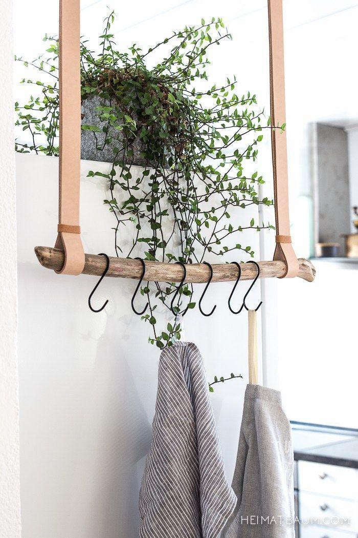 Geschirrtuchhalter aus Leder und Treibholz DIY