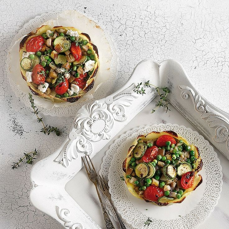 Εύκολο, γρήγορο και με όλη τη νοστιμιά των καλοκαιρινών λαχανικών και μυρωδικών. Ψηφίζουμε μπριάμ δαγκωτό!