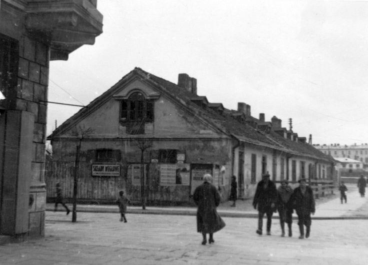 ok. 1952 r. al. Racławickie 8 Budynek mieszkalno-usługowy w głębi zabudowania KUL źródło; UMLublin