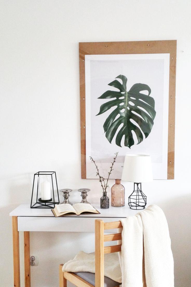 foto: instagram.com/mama_z_powolania Console with drawer. Konsola z szufladą. #scandi #scandinavian #design #scandinaviandesign #minimalism #minimalizm #skandynawski #skandynawskistyl #madeinpoland #polskiprodukt #white #wood #biel #drewno