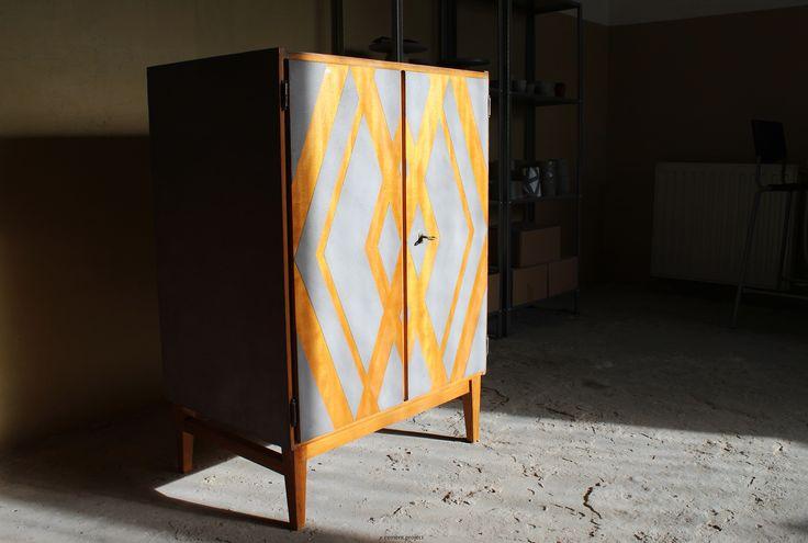#concrete #concretedesign #furniture #furnituredesign #concretefurniture #sunshine