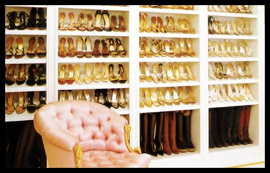 This is what I want in my closet!