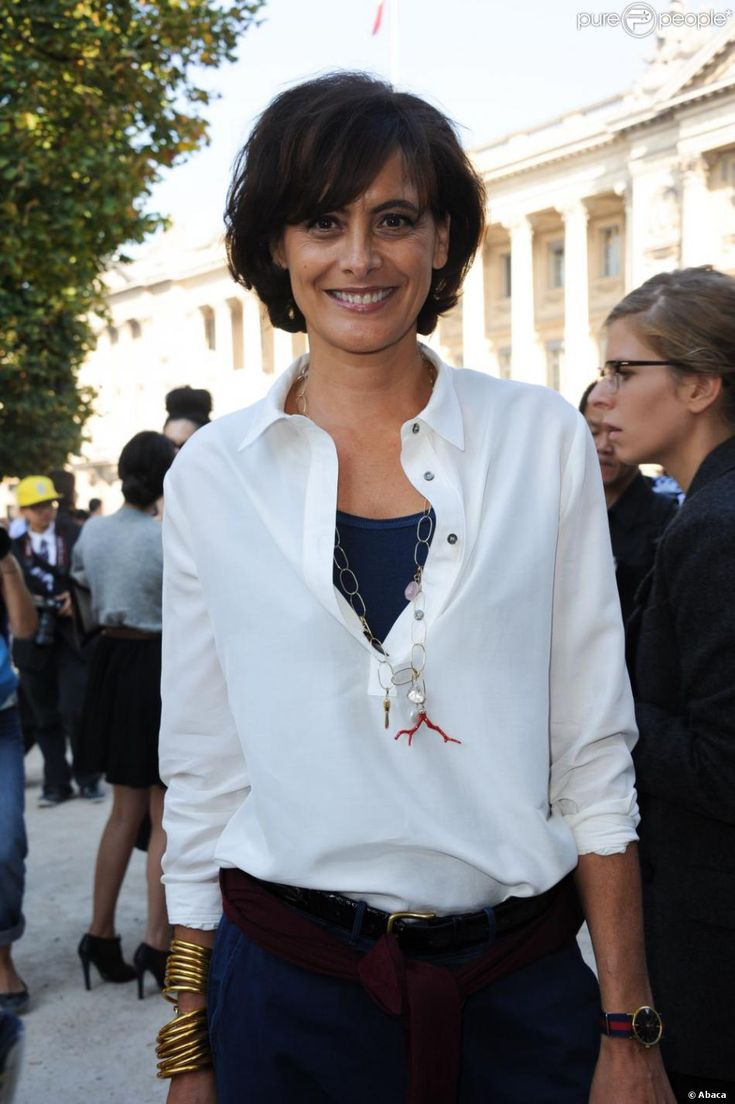 Inès de la Fressange au défilé printemps-été 2012 de Carven lors de la Fashion Week parisienne le 29 septembre 2011