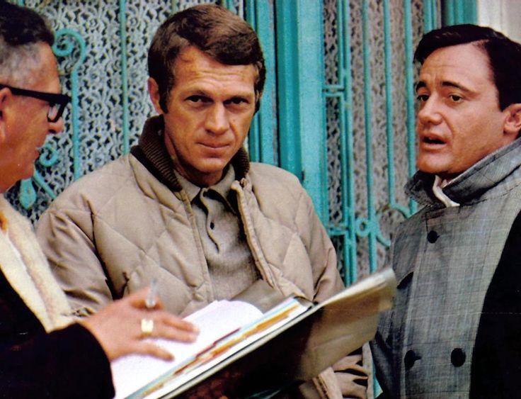 Steve McQueen, Robert Vaughn | Back set of Bullitt | 1968 | as Frank Bullitt