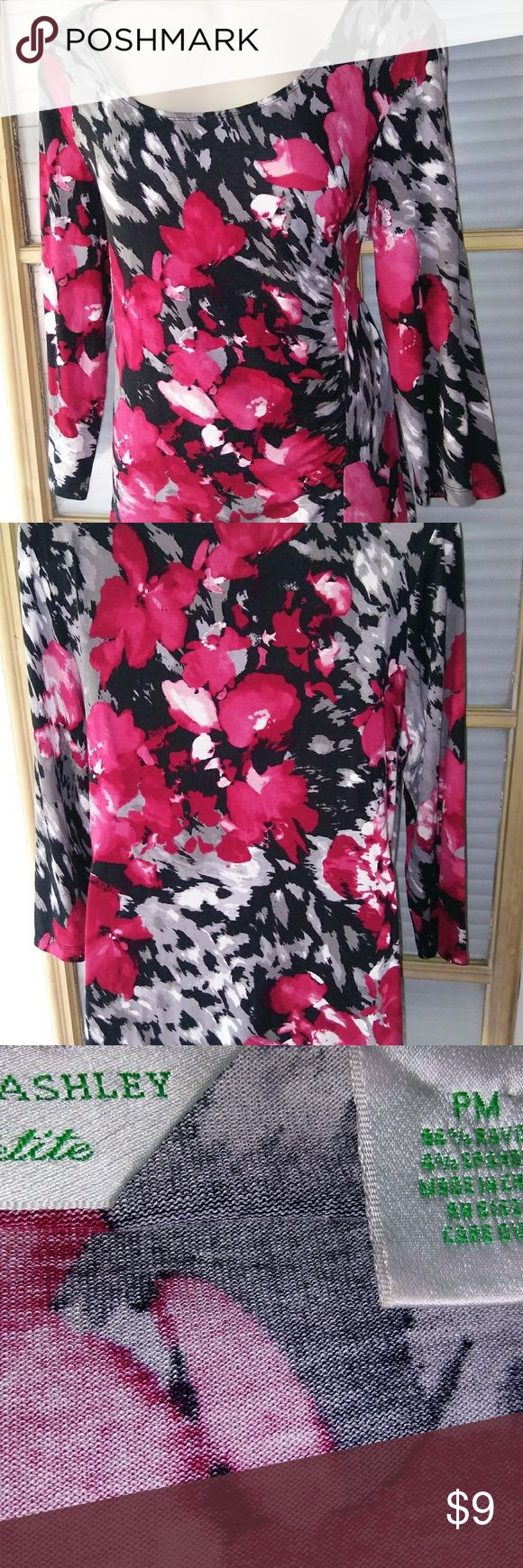 """LAURA ASHLEY WOMENS PETITE TOP SHIRT PM LAURA ASHLEY WOMENS PETITE TOP SHIRT ROSES PM  Cute and comfy! Very good condition! Measures: Length 24.5"""", sleeve 18"""", pit to pit 18"""". Laura Ashley Tops Tees - Long Sleeve"""