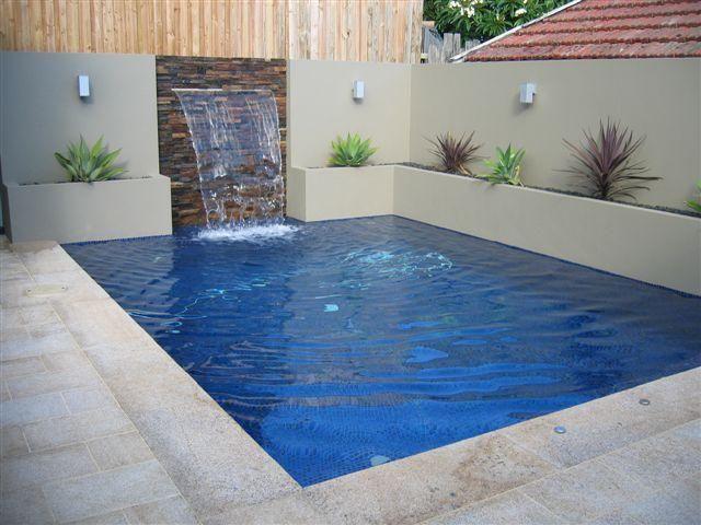 Azulejos fondo piscina