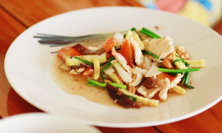 Тайская кухня - рецепт жареная курица с кешью