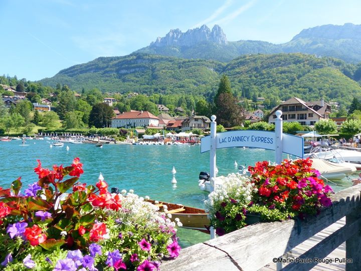 Talloires Lac D Annecy Lac Annecy Beau Paysage Annecy