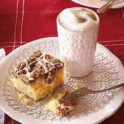 """Overnight Coffee Crumble Cake 