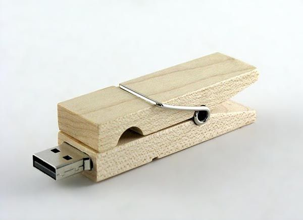 Wooden clamp usb flash driver