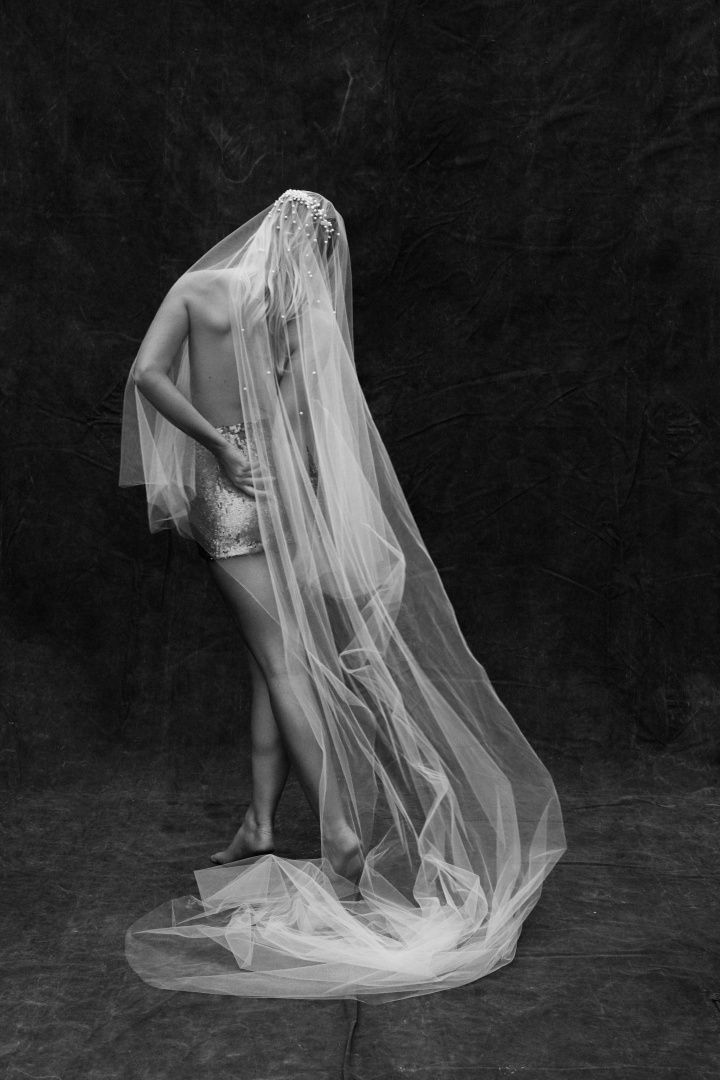 THE LORINSKA VEIL Photography by Alli Oughtred