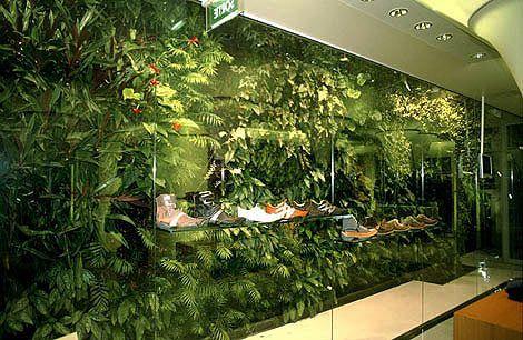 Un Coup D'aile: Vertical Gardens
