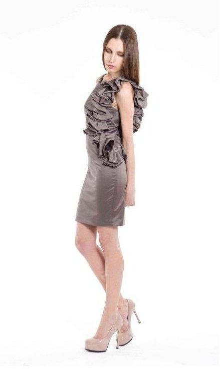 RUFFLE DRESS - Fashion.gr
