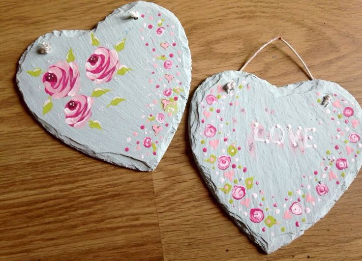 Sarah's beautiful first project - beautiful feminine colours and roses galore :) www.folkit.co