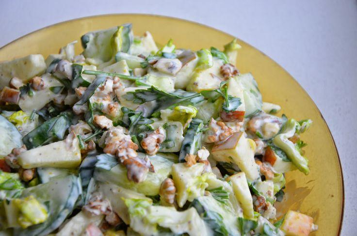 Eten met Emma!: Appel walnoot salade.