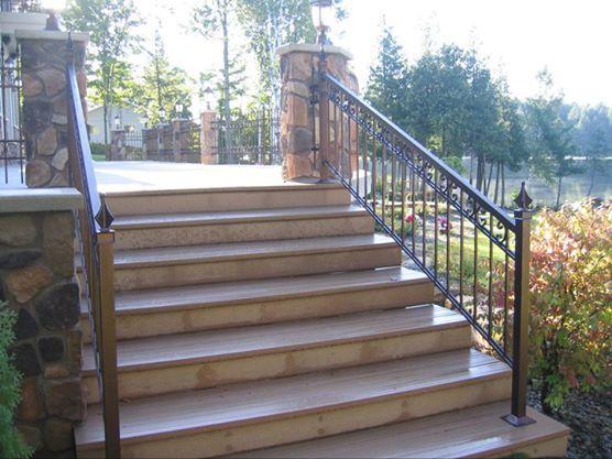 descente d 39 escalier de type 39 39 royal ii 39 39 avec 39 39 c 39 39 soud s de couleur cuivre vein rampes. Black Bedroom Furniture Sets. Home Design Ideas