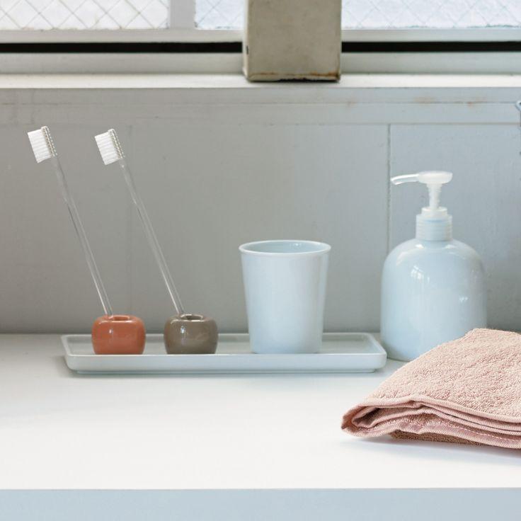 磁器歯ブラシスタンド 1本用 サーモンピンク・約直径4×高さ3cm   無印良品ネットストア