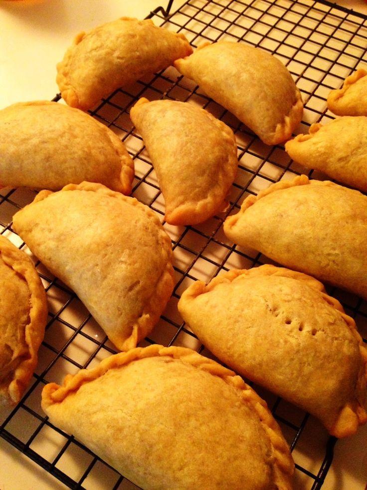 Wholly Vegan: VeganMoFo Day 10: Filipino Empanadas