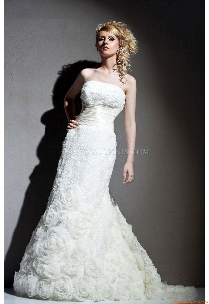 105 best suknie ślubne royal splendor images on Pinterest