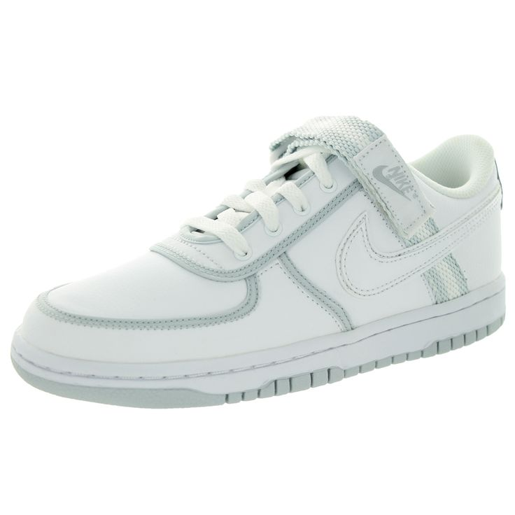 The Nike Vandal Low (GS) Athletic feature a Synthetic upper with a Round  Toe .