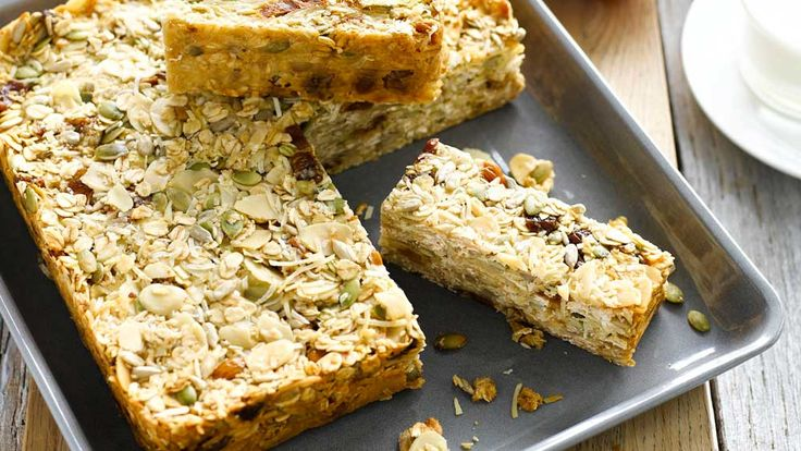 Breakfast bars for meals on the move