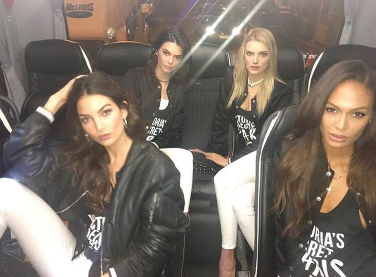 fuckyeahcelebs:    Lily Aldridge Kendall Jenner Lily Donaldson and Joan Smalls