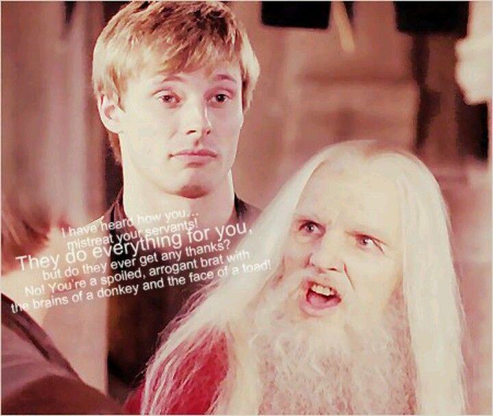 How this alone didn't give him away I will never know.<--- ikr, Old Merlin was so VERY Merlin.