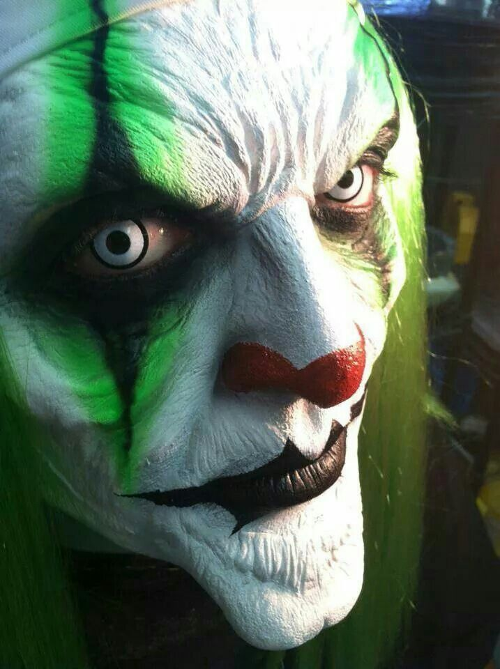 creepy clown                                                                                                                                                                                 More