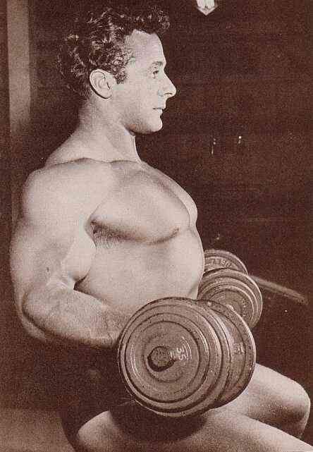 George Eiferman, bicep curls