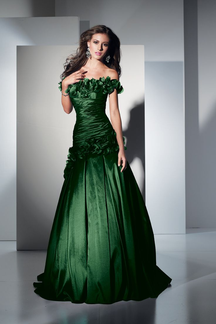84 best green dresses images on pinterest green dress dressy strapless green dress ombrellifo Image collections