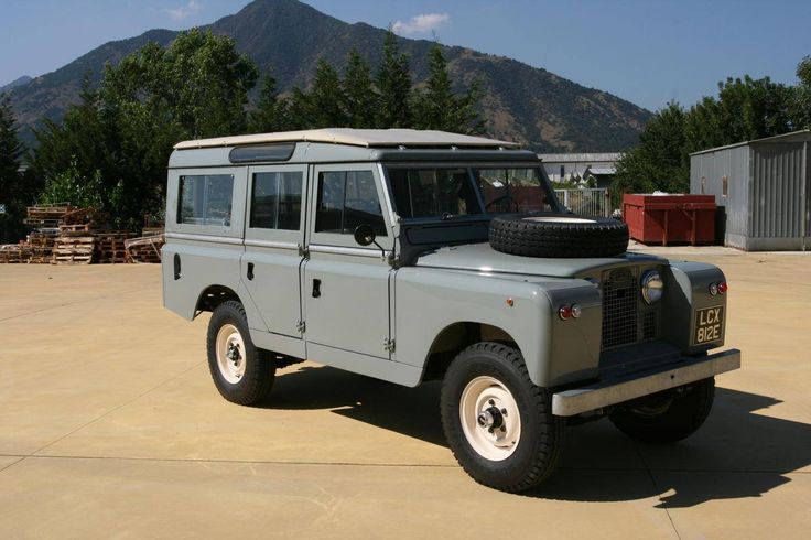 1961 Land Rover 109 Series 2 Safari Station Wagon. #Lease #LandRover