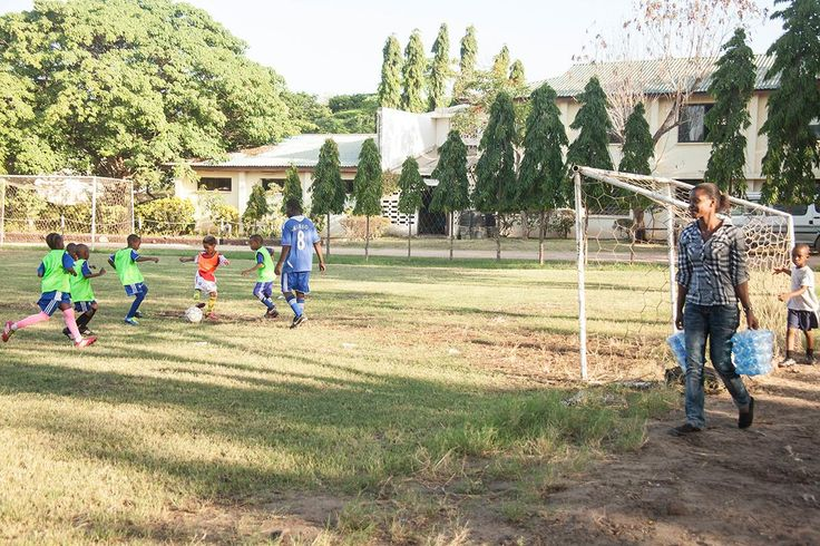 Community sports volunteering Tanzania. http://www.artintanzania.org/en/internships-in-tanzania-africa/types-of-projects/sports-coaching-volunteer-tanzania-africa?utm_content=buffere59ee&utm_medium=social&utm_source=pinterest.com&utm_campaign=buffer