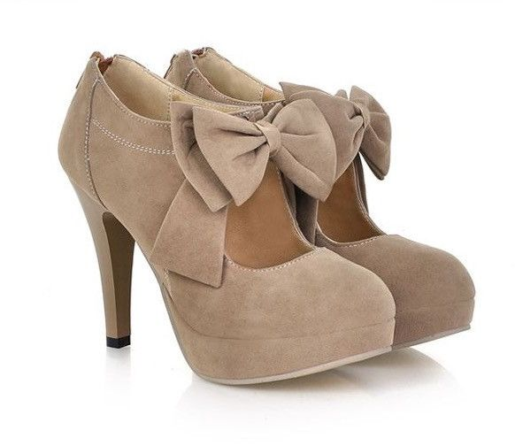 Finding an beautiful shoes for the coming party? This suede shoes maybe a good choice. Highlight with the bowknot on make it so fashion and cute. What's more, it with plus size Gender: Women's Categor