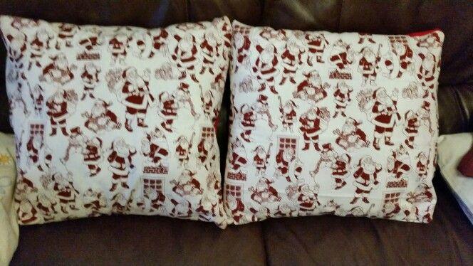 15 minute Santa cushions