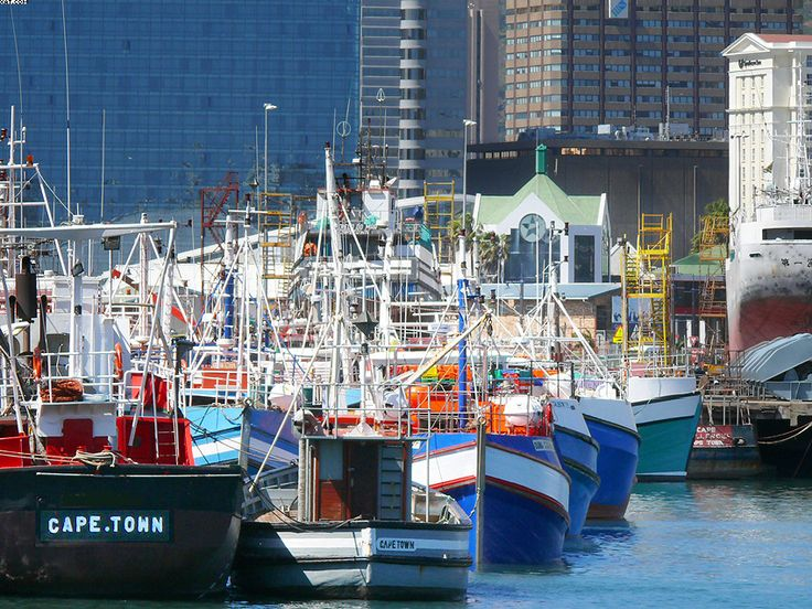 Cape Town, Waterfront harbour