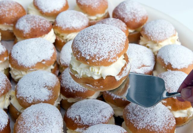 On Fat Tuesday Swedes gorge themselves on these fantastic cream buns, but they're usually available in stores right after Christmas. Food writer John Duxbury shares his best recipe with The Local.