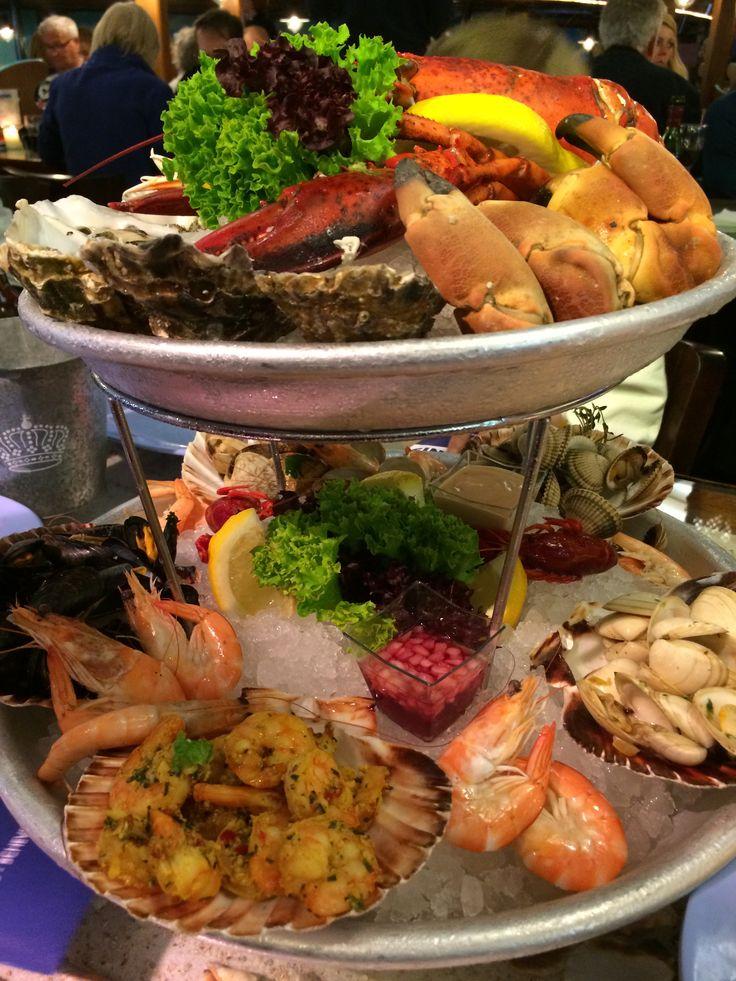 Geweldige vismaaltijd #scheveningen #simonis.  Fantastic fish plate at Simonis in Scheveningen.