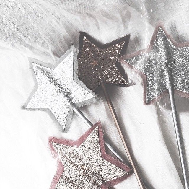 numero74 glitter star wands picture by modelmini su. Black Bedroom Furniture Sets. Home Design Ideas