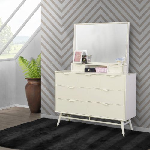 Lapland Wide Chest And Mirror (Ivory)