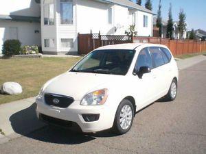 2011 Kia Rondo LX wAC - Only 73K Kms 5 Year 100K WARRANTY for sale in Kelowna, British Columbia  http://cacarlist.com/kia/2011-kia-rondo-lx-wac-only-73k-kms-5-year-100k-warranty_23721-24809.html