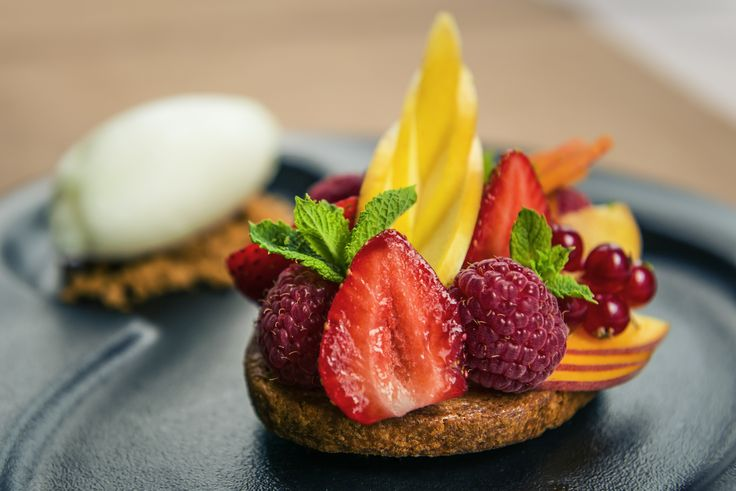 Food @ AccorHotels: red fruits pie