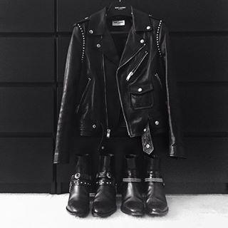 """""""Preferia algo mais estampado!""""   14 frases que não fazem o menor sentido se você ama roupas pretas"""
