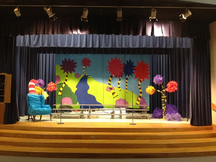 34 best school stage ideas images on pinterest xmas for Backdrops for stage decoration