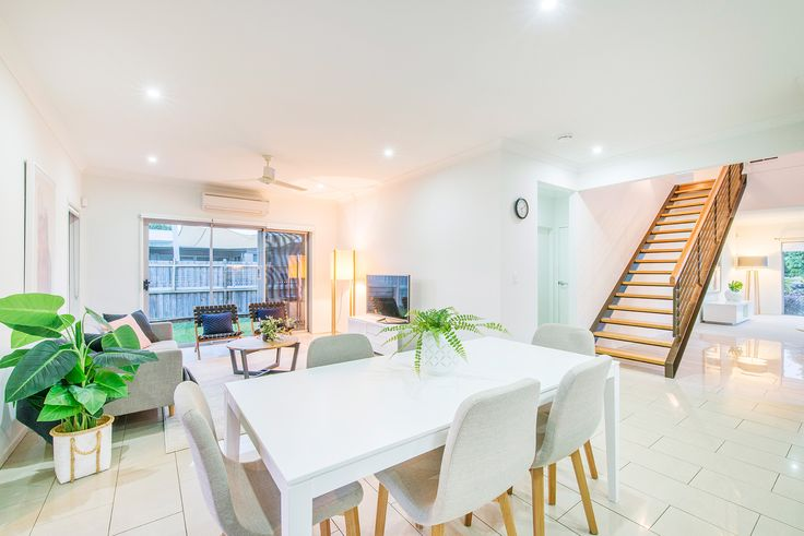 WAKERLEY 43 Brook Street...This spacious home includes many value-adding extras and offers flexibility and privacy, together with convenient access to parks, shops, schools and transport, making it ideal for families of all types.