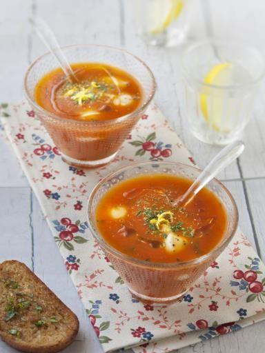 poivre, lait, tomate, oignon, huile d'olive, mozzarella, basilic frais, sel