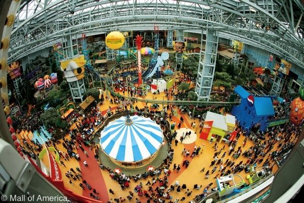 If you are planning to shop on BlackFriday at Mall Of America be prepared for huge crowds. To avoid your kids bouncing off the walls, invest a few dollars and let the kiddos literally bounce off the Pineapple Poppers walls in Nickelodeon Universe.
