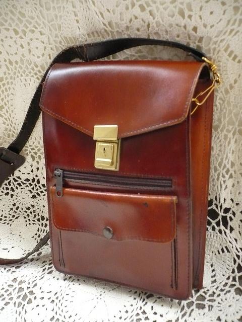 Il borsello vintage da uomo 1970